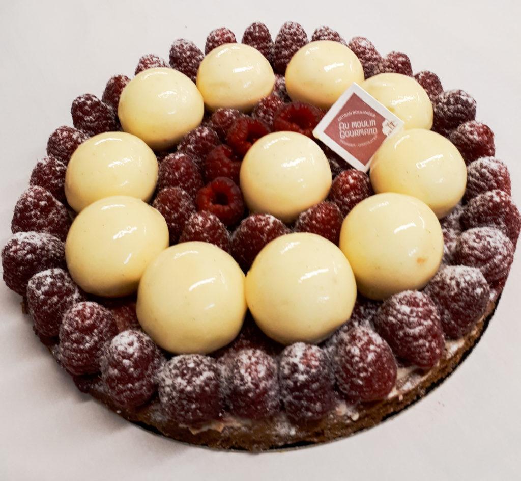 Tarte framboises mousse chocolat blanc